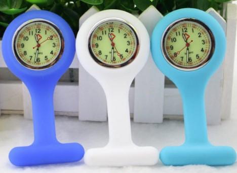 BestGrew Unisex Silicone Lapel Watch